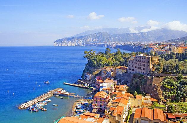 Divieto di balneazione a Sorrento: parzialmente revocato a Marina Piccola