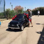Il medico del Napoli regala Fiat 500 'old style' a Hamsik - Video e Foto