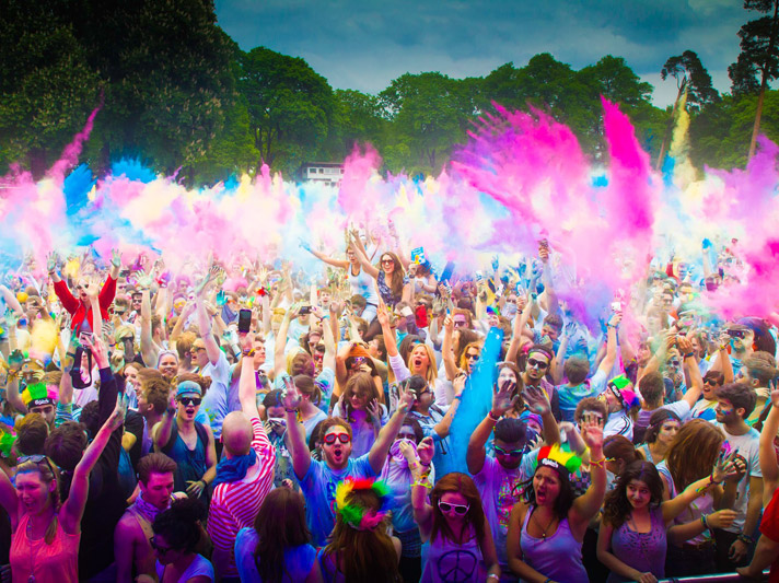 Holi Festival: il festival dedicato all'amore e ai colori presso la Mostra d'Oltremare
