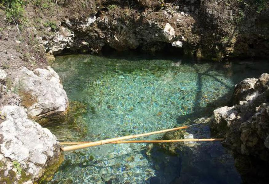 Terra dei Fuochi: ad Acerra la sorgente di acqua pura con proprietà curative