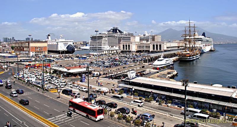 Napoli, scippati turisti sbarcati da nave da crociera