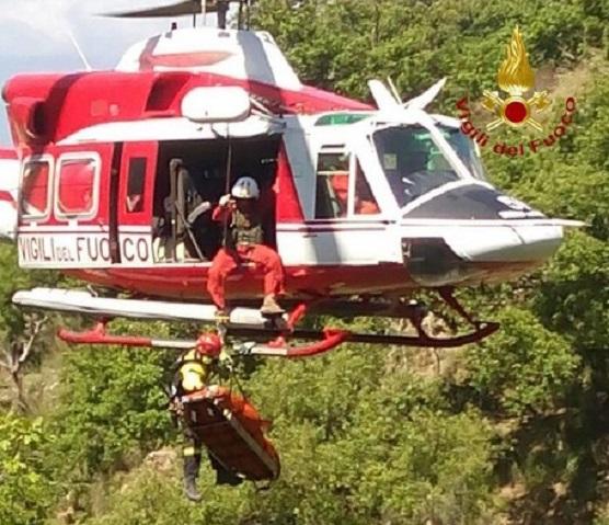 Sentiero degli Dei, escursionista 60enne muore dopo caduta