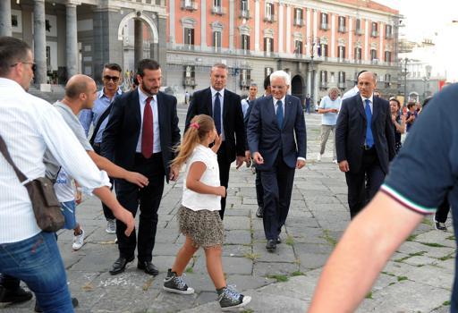 Sergio Mattarella: prima uscita ufficiale per Napoli