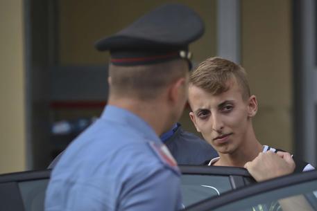 Anatolij Korol: confessano i due assassini e su Facebook cuoricini e messaggi di speranza