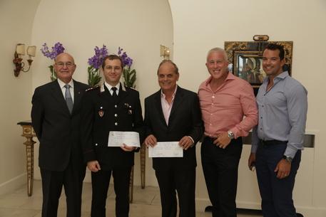 Coppia gay chiede ai vip che frequentano Capri di tutelarla con donazioni