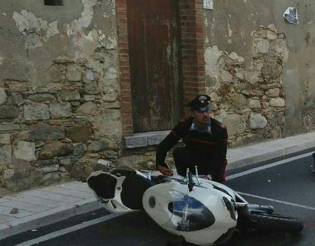 Incidente mortale nell'Avellinese: muore centauro di 38 anni