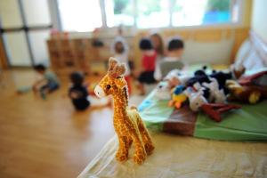 Maestra maltratta bambini: per la donna, obbligo di dimora