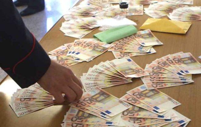 Usura: tassi al 15% al mese, due arresti nel Casertano