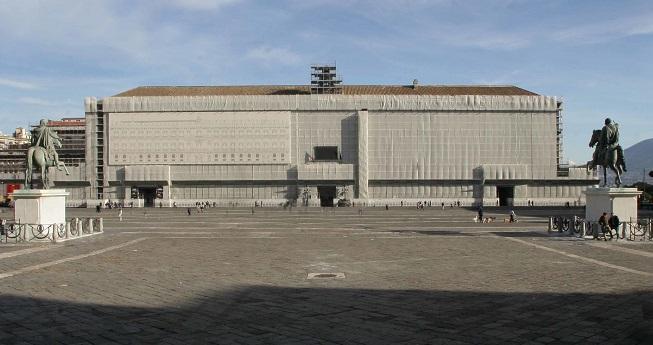Degrado dei monumenti, associazioni e comitati civici scendono in piazza