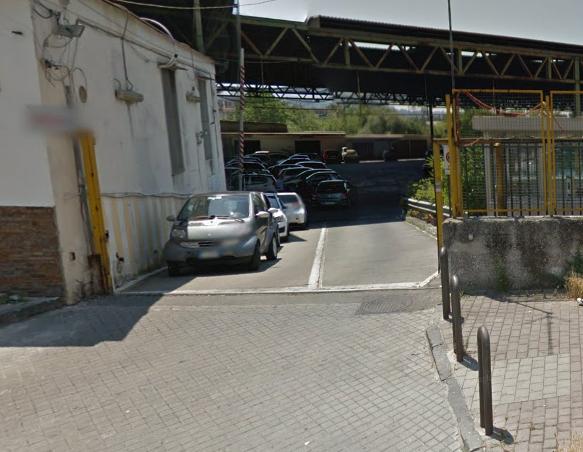Granata inesplosa trovata in un garage di via Epomeo, panico tra gli abitanti