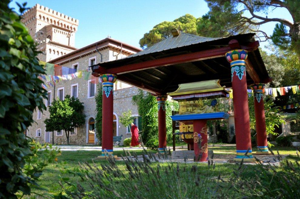 Sede di buddismo a Napoli