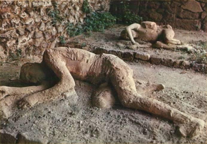 Tac sui calchi di Pompei