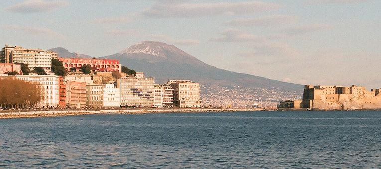 Trivago: Napoli nella Top 15 delle città più ricercate