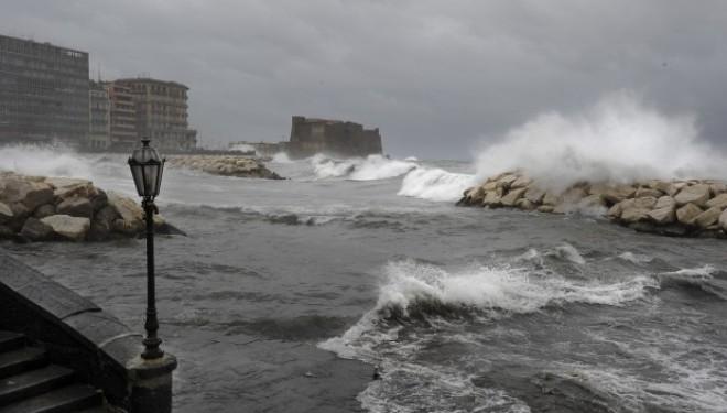 Maltempo in Campania: propagato lo stato di allerta per altre 24 ore