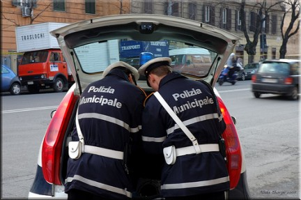 Minori accoltellati a Napoli: preso 16enne ritenuto responsabile