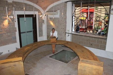 Arriva a Napoli la prima pizzeria scaramantica grazie a Gino Sorbillo