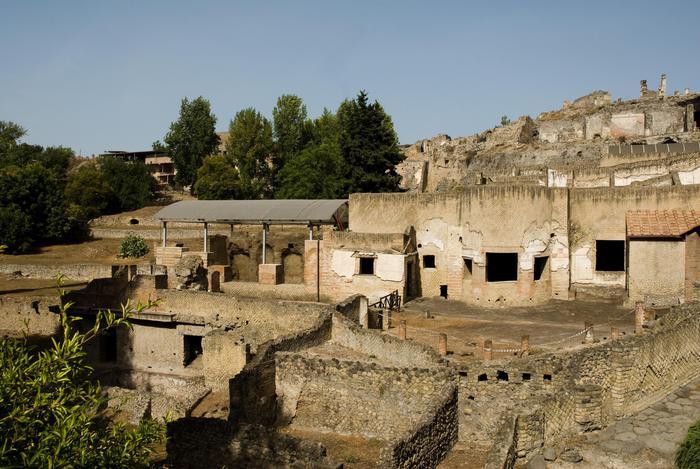 Scavi di Pompei danneggiati a causa dei dumper, delle piogge e di atti vandalici