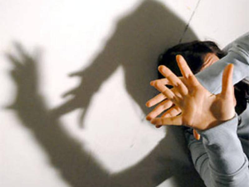 Stalking: due uomini arrestati nel Napoletano