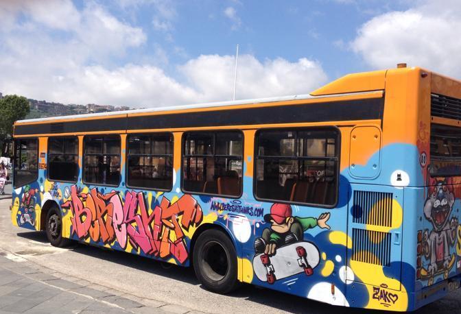 Anm istituisce bus speciali per la commemorazione dei defunti a Napoli
