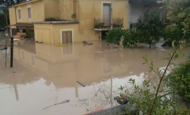 Maltempo in Campania: a Castellammare esonda il Sarno