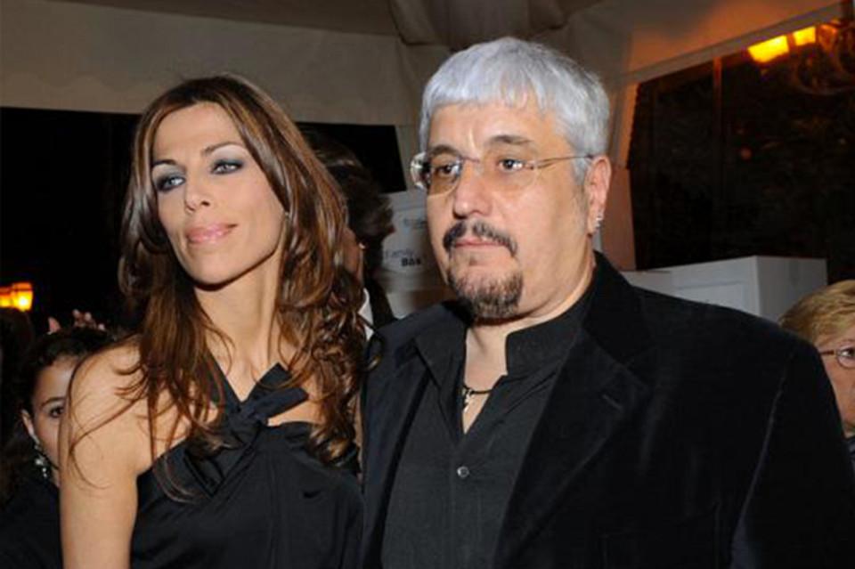 Pino Daniele, il Fan Club contro l'ex moglie: