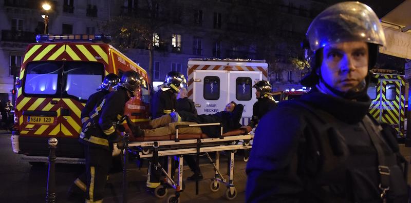 100 morti nel teatro Bataclan a Parigi