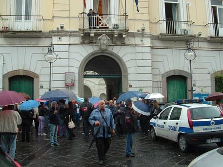 Equitalia Sud e Comune di Boscoreale: cartelle pazze e cifre choc