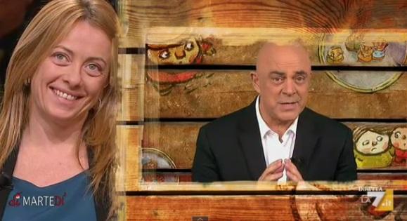 """La copertina di Dimartedì di Maurizio Crozza """"Meloni a Bologna eravate in 100mila"""