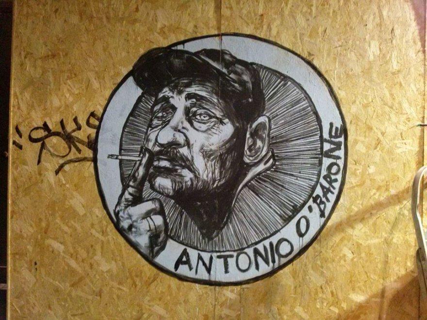 O Barone: un murale a pizza del Gesù per il clochard partenopeo
