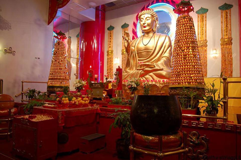 Il Tempio Buddista più grande d'Europa è a Napoli