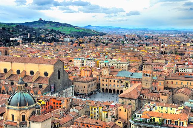 Gemellaggio Napoli-Bologna, l'iniziativa per gli allievi delle elementari