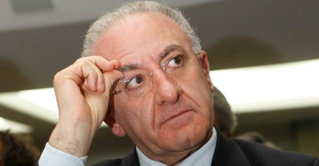 De Luca indagato per corruzione in atti giudiziari