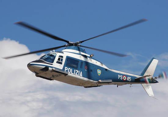 Inseguimento a Napoli con elicottero e volanti