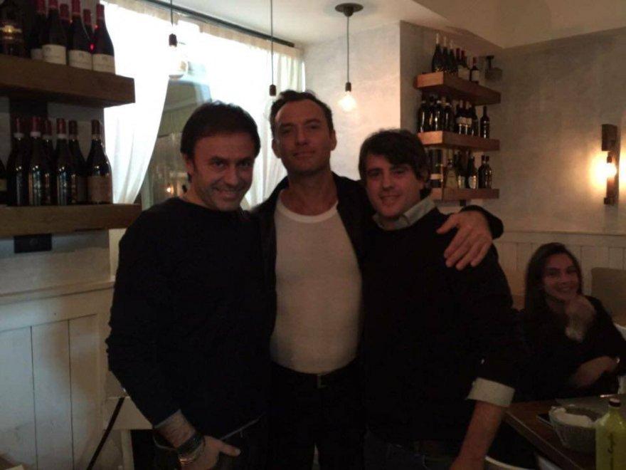 """Jude Law a Napoli: """"Amo Napoli e la sua cucina"""""""