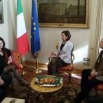 """Laura Boldrini incontra gli autori del progetto """"Made in Scampia"""""""