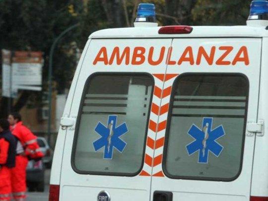 Morto in strada a Napoli