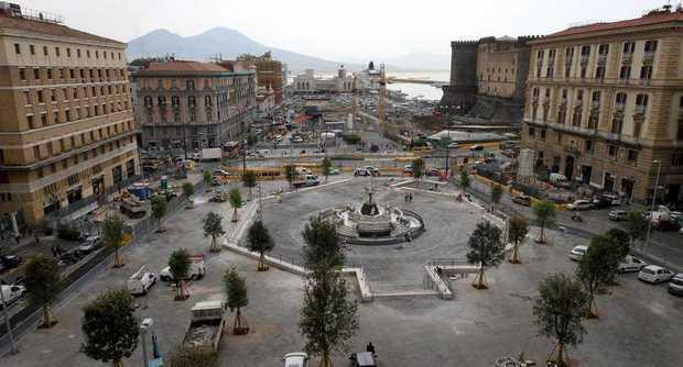 Piazza Municipio: nuovo dispositivo di traffico