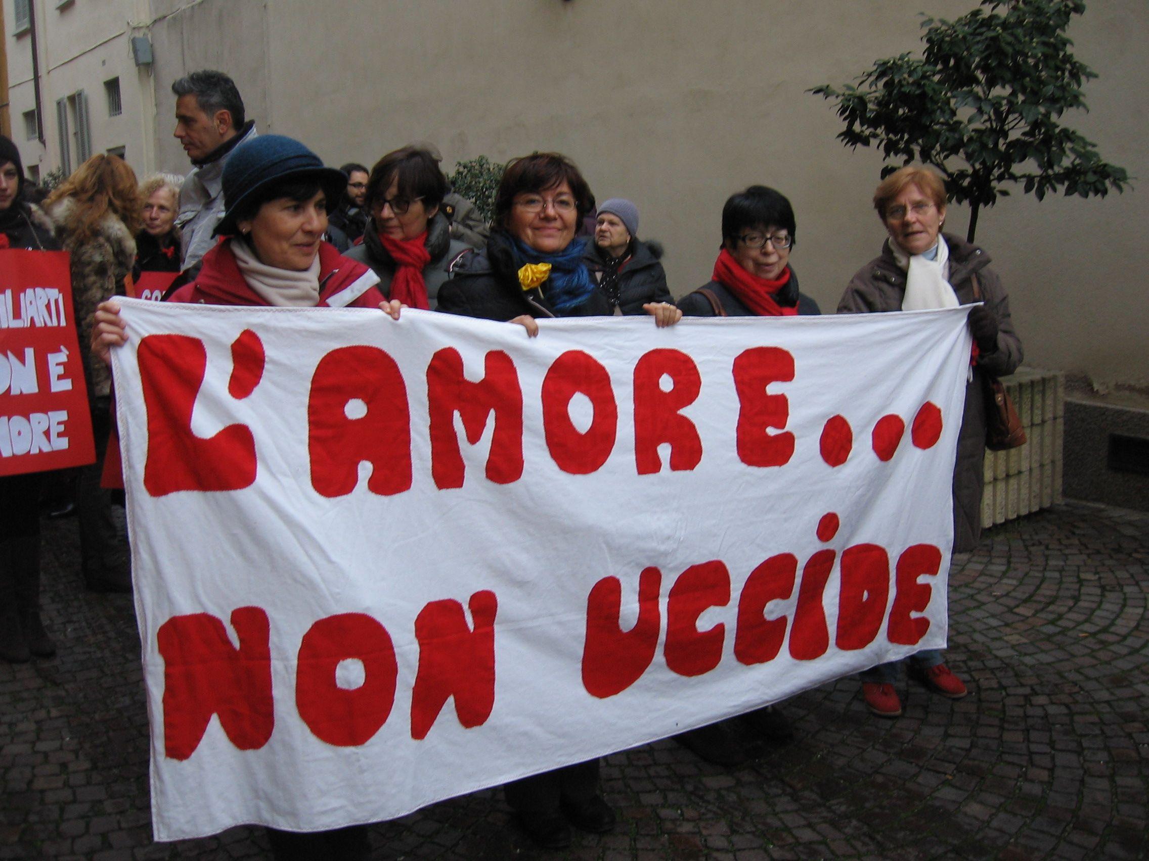 Violenza sulle donne, Regione Campania sigla intesa per contrasto