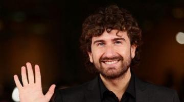 Alessandro Siani dedica a Luca De Filippo il 'Biglietto d'oro'