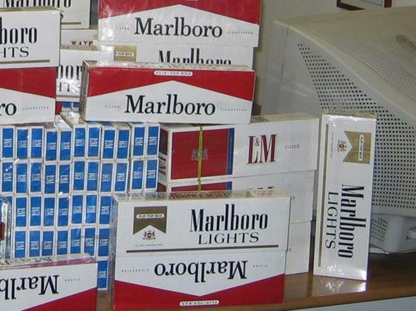 Sigarette di contrabbando sequestrate a Napoli