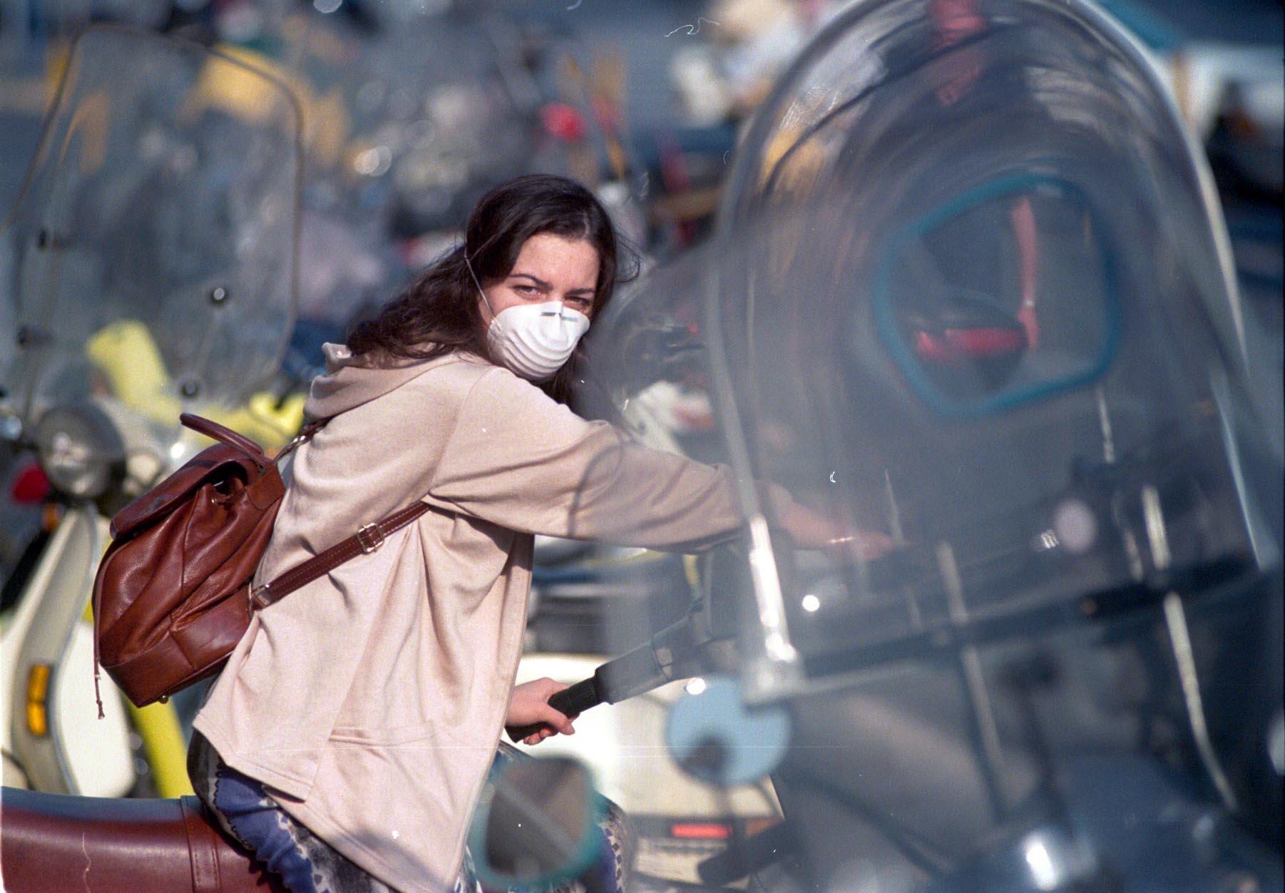 Inquinamento a Napoli, giovedì divieto di circolazione dalle 15 alle 20