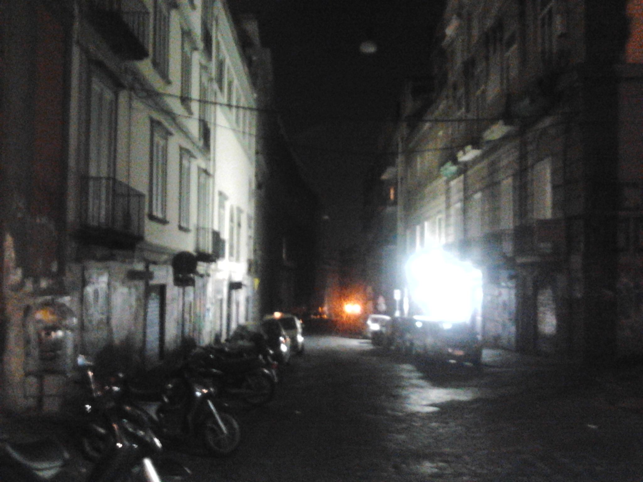 black out a napoli