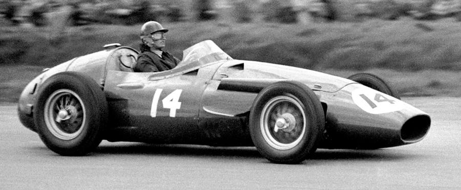Muore Maria Teresa De Filippis, la prima donna pilota di Formula 1