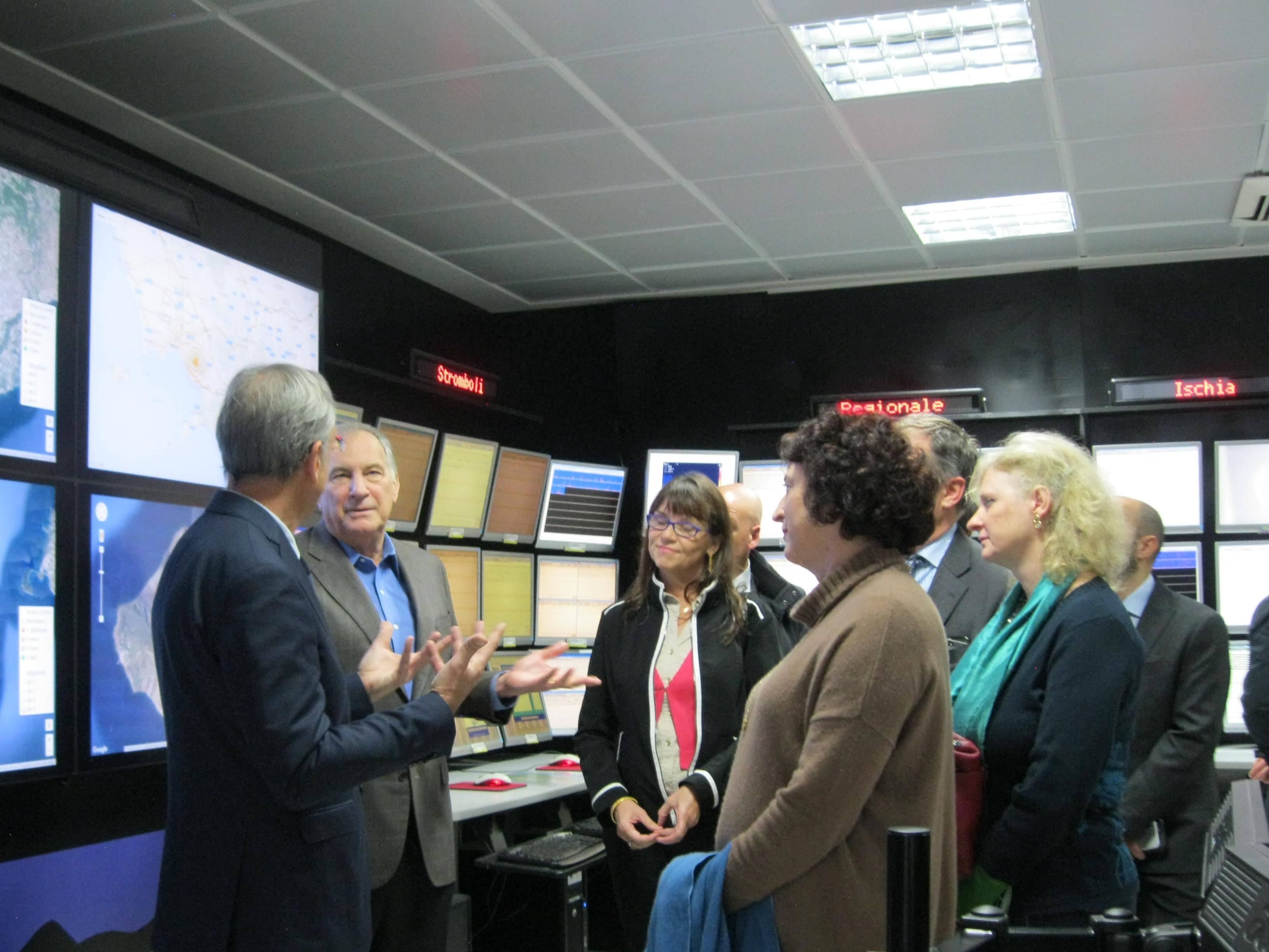 Ambasciatore degli Stati Uniti all'Osservatorio Vesuviano: