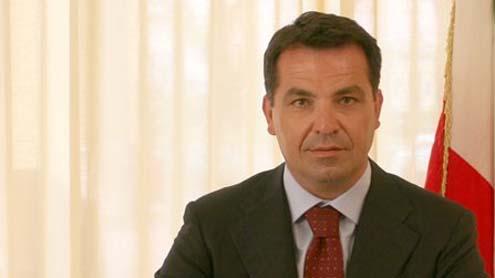 Domenico De Siano: chiesti i domiciliari per il senatore coordinatore regionale di Forza Italia
