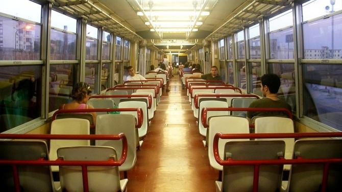 Esercito e forze dell'ordine su treni e bus Eav