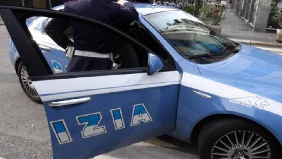 Pugni e minacce ai poliziotti: arrestato pregiudicato 32enne