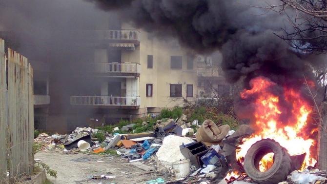 Roghi di rifiuti nella Terra dei Fuochi: parla il procuratore nazionale antimafia Franco Roberti