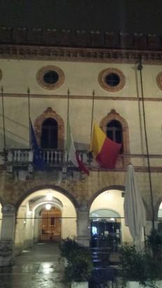 Salvatore Chianese: bandiere a mezz'asta per il vigilante ucciso