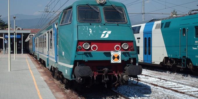 Rapina su treno regionale: identificati tre giovani ripresi dalle telecamere